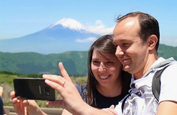富士山バックのお客様